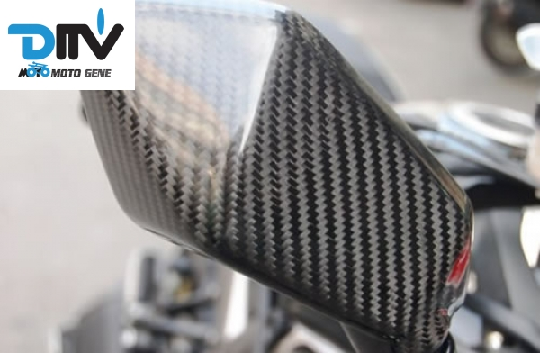 ER 6N 2009 11 carbon mirror cover