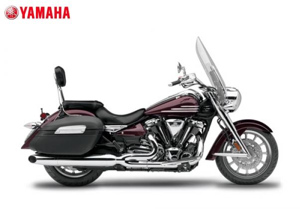 Yamaha STRATOLINER S